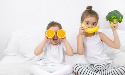 10 alimentos para ajudar as crianças a ter uma boa noite de sono